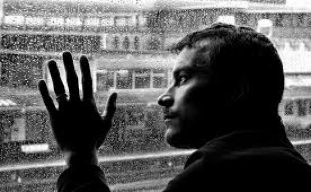 Le contó a la detective privado que lo investigaba cómo se conseguía una baja por depresión fingida